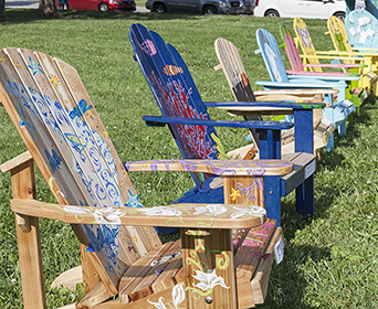 2017_summerscene_chairs_thumb